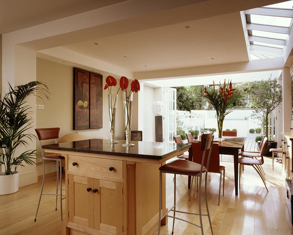 inspirational glazing design with bi-fold doors